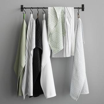 Das Juna - Shirt Geschirrtuch im Badezimmerambiente