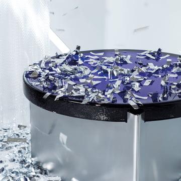 Der Pulpo - Alwa One Tisch mit Konfetti geschmückt