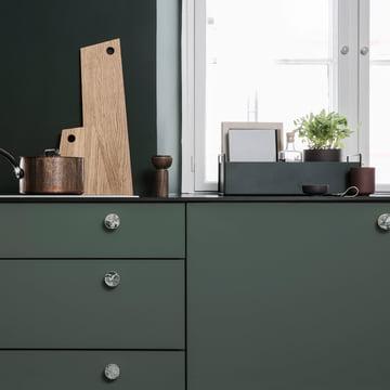 Asymmetric Schneidebrett und Plant Box small von ferm Living