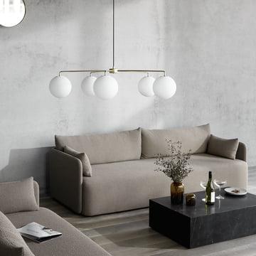 Das Menu - Offset Sofa im stilvoll eingerichteten Ambiente