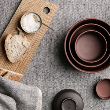 Blend Tischdecke und Sekki Schalen von ferm Living