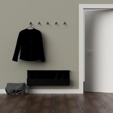 Die Nichba Design - Shoe Box in Kombination mit einer Garderobe
