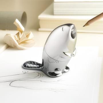Der Alessi - Kastor - Bleistiftanspitzer auf dem Schreibtisch