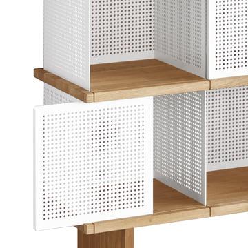YU Shelf von Konstantin Slawinski in Weiß perforiert / Eiche geölt