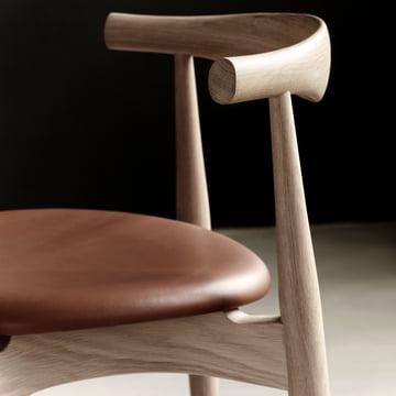 Der Carl Hansen - CH20 Elbow Chair im Detail