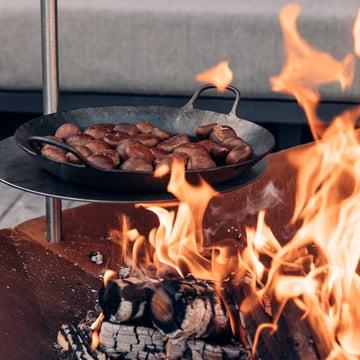 höfats - Triple Feuerschale mit Stange und Tisch