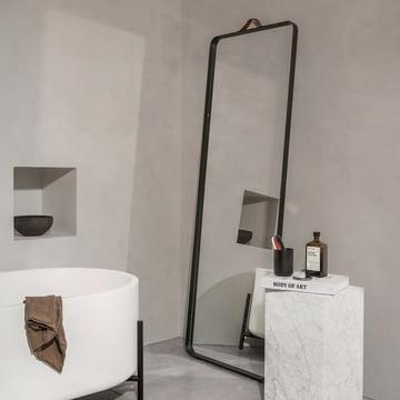 Menu - Norm Floor Spiegel, schwarz