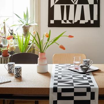 coffee mug geometric a und classic tray international love heart von vitra
