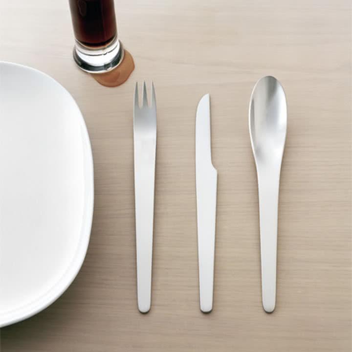 Arne Jacobsen Tafelbesteck Ambiente