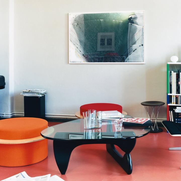 Der Coffee Table von Vitra im modernen Wohnzimmer