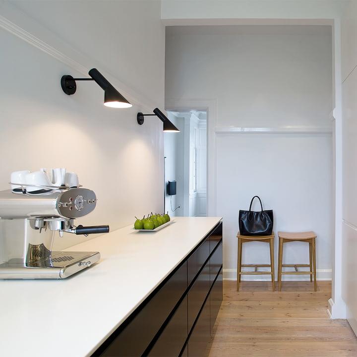 aj wandleuchte louis poulsen shop. Black Bedroom Furniture Sets. Home Design Ideas