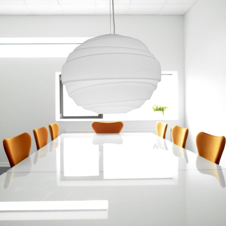 Fantasievolles Design der Lightyears Atomheart Pendelleuchte