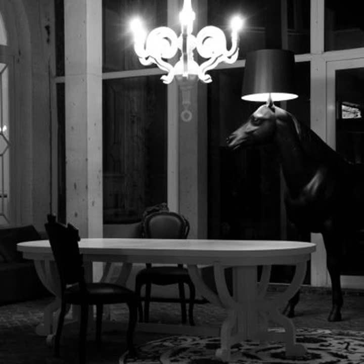 Moooi - Horse Lamp - Ambiente