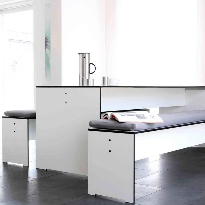 Conmoto - Riva Indoor- und Outdoor Möbel - Indoor