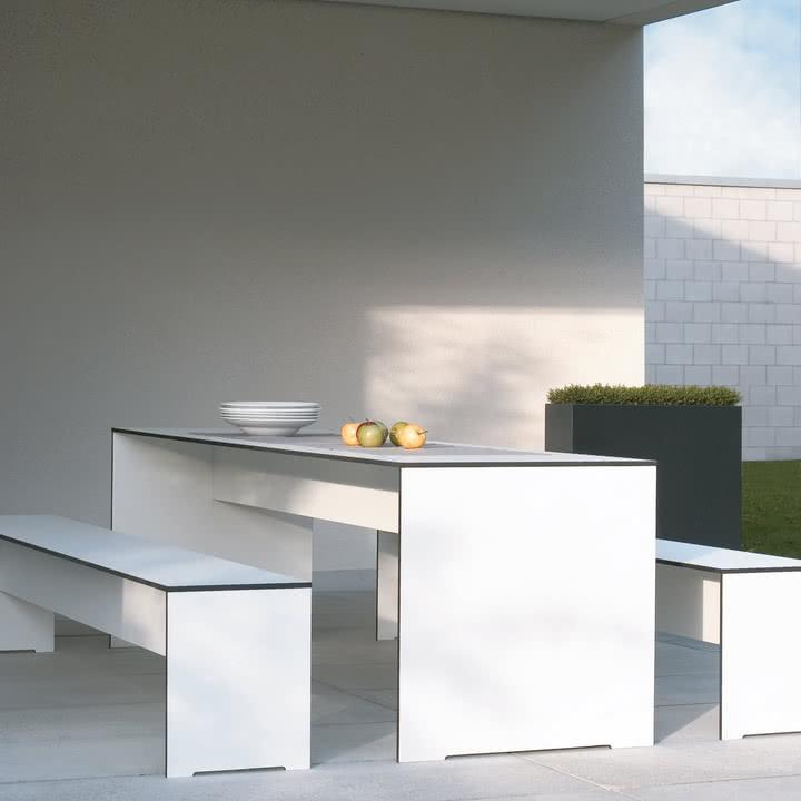 Conmoto - Riva Indoor- und Outdoor Möbel - Outdoor