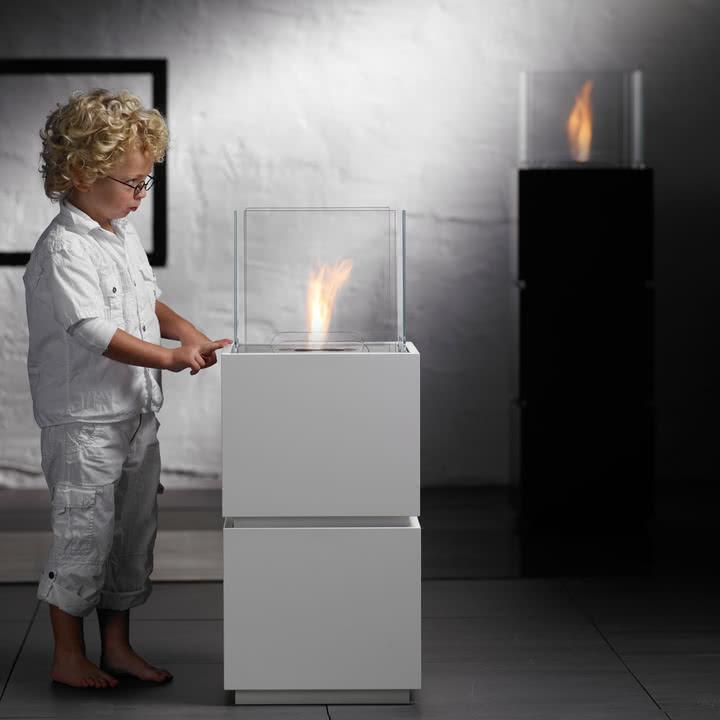 Safretti - Cube W1/B1 Feuerstelle mit Kind