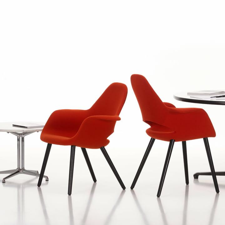 Organic Conference Stuhl von Vitra in rot und Esche/schwarz