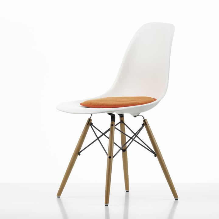 Vitra - Seat Dots Sitzkissen, rot / orange - Plastic Side Chair