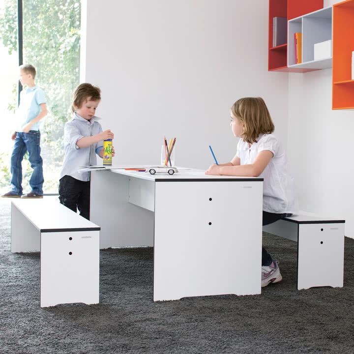 Conmoto - Riva Kids Tisch & Bänke, Indoor mit 2 Kindern