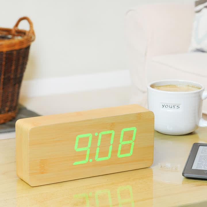 Gingko - Slab, LED neongrün, Uhrzeit