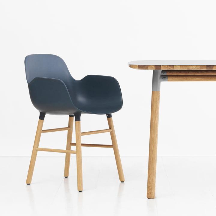 Form Armchair von Normann Copenhagen aus Eiche in Blau