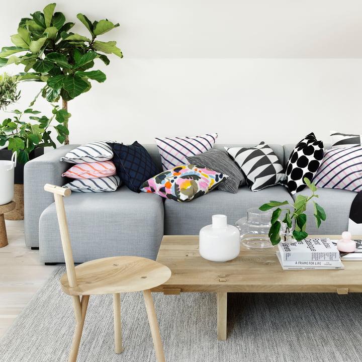 Die Mint Kissenbezüge von Marimekko auf dem Sofa