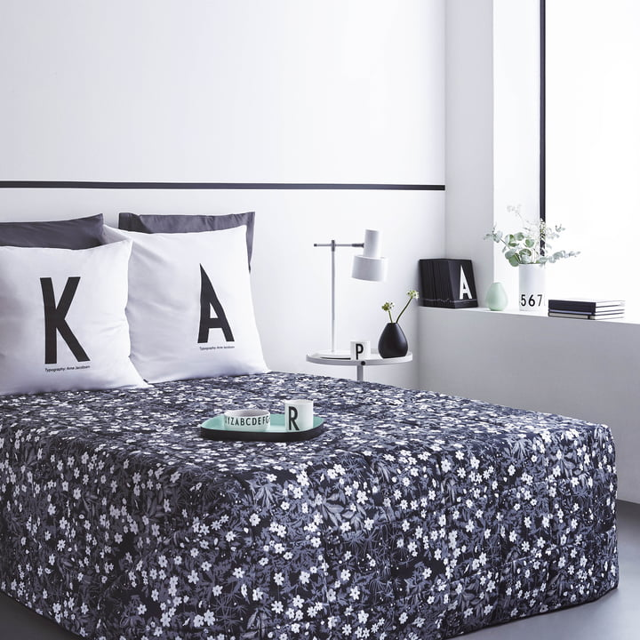 kissenbezug a z von design letters connox. Black Bedroom Furniture Sets. Home Design Ideas