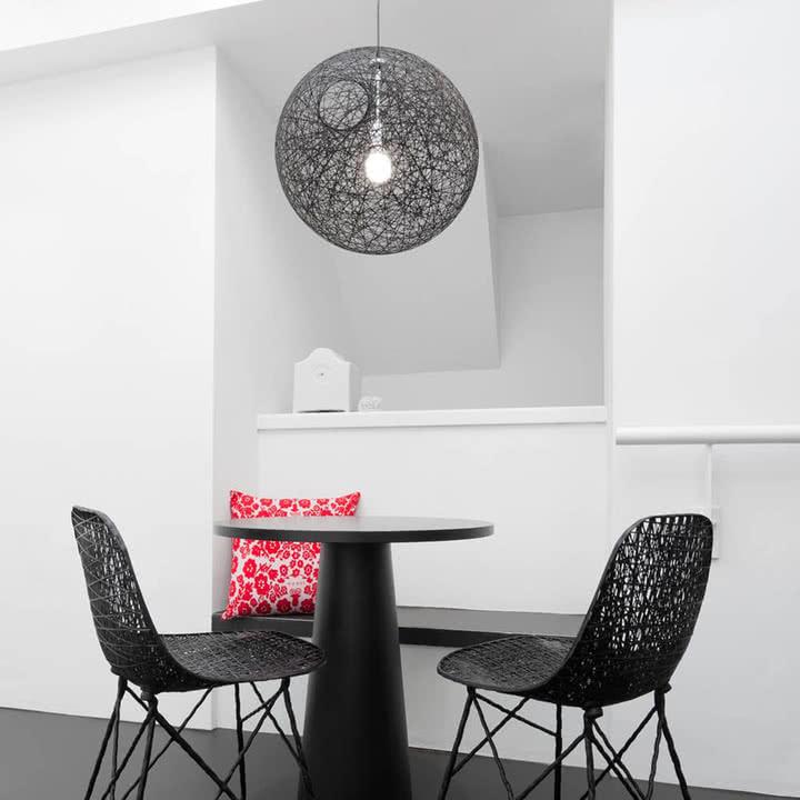 random light pendelleuchte von moooi im shop. Black Bedroom Furniture Sets. Home Design Ideas