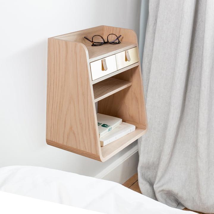 Schwebender Nachttisch im Schlafzimmer