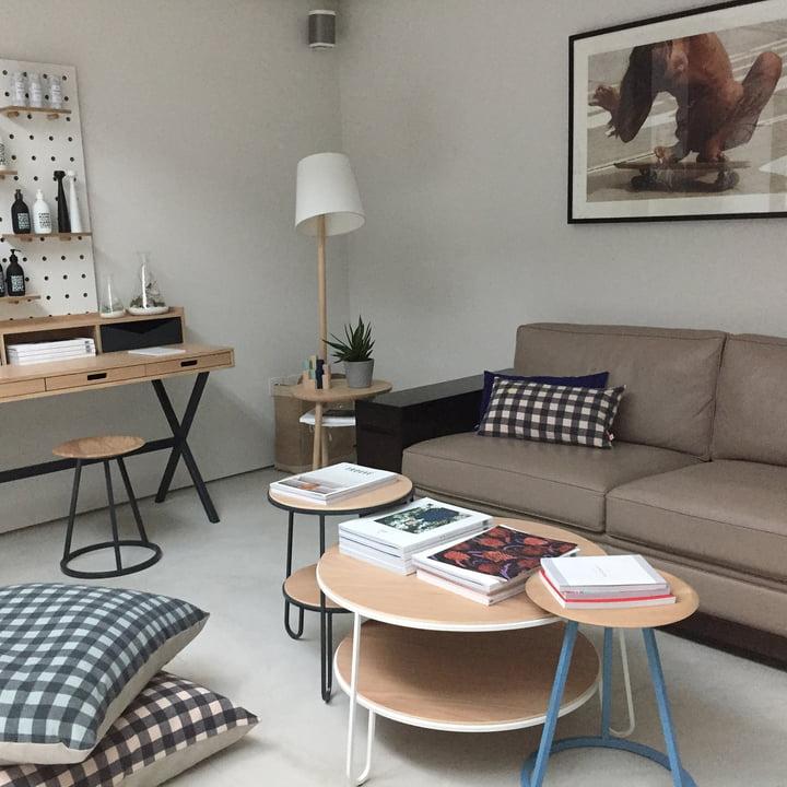 eug nie couchtisch von hart connox shop. Black Bedroom Furniture Sets. Home Design Ideas