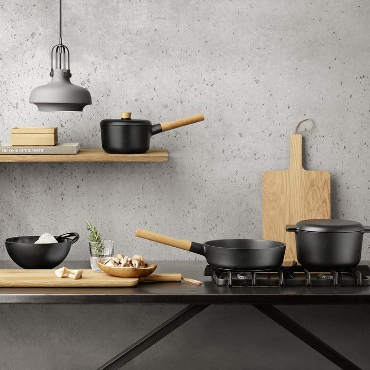 Sautierpfanne, Kasserolle, Kochtopf und Rührschüssel aus der Nordic Kitchen Kollektion von Eva Solo