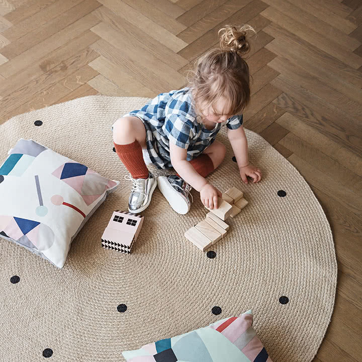 triangle jute carpet von ferm living im shop. Black Bedroom Furniture Sets. Home Design Ideas