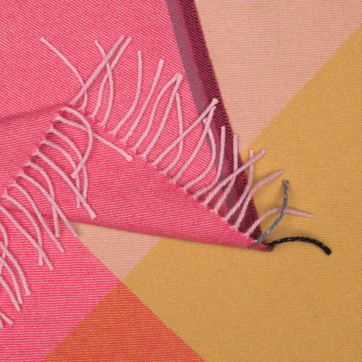 Colour Block Decke von Vitra in Beige und Pink