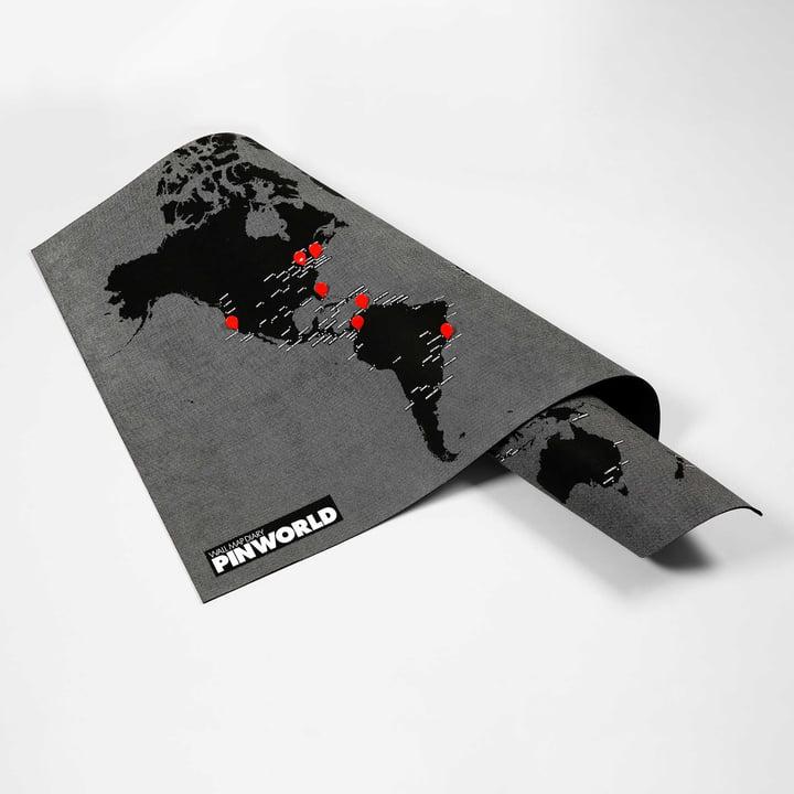 Die Palomar - Pin World in schwarz mit roten Reißzwecken
