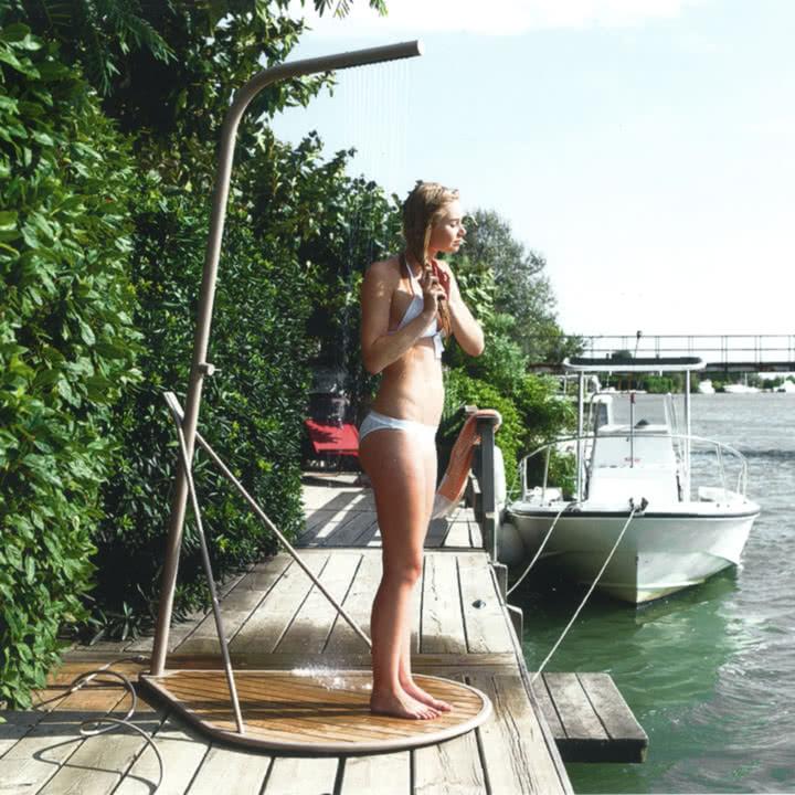Pasaia Outdoor-Dusche von Fermob