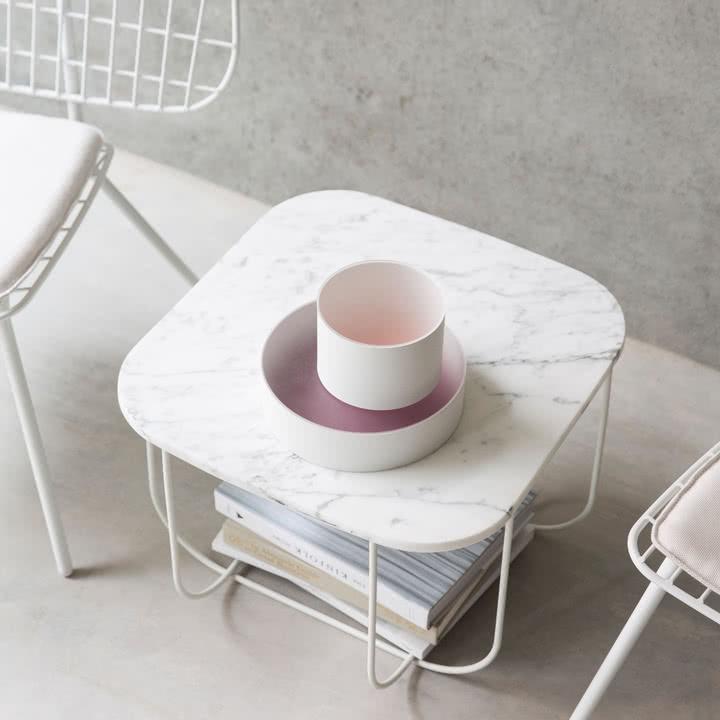 Cage Table von Menu in Marmor / Weiß