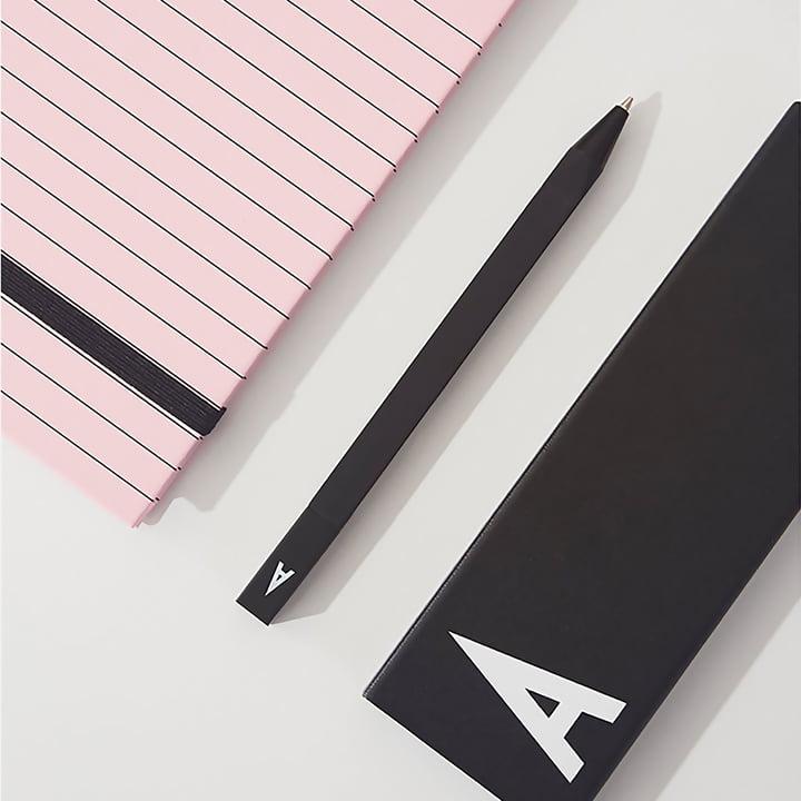 Personal Pencil Case und Pen von Design Letters