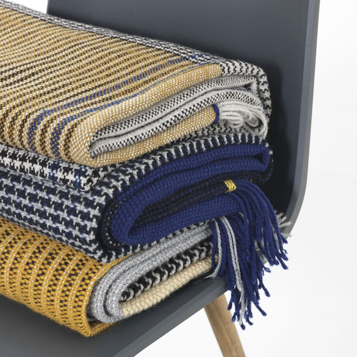 Ruana Wolldecke in Gelb und Blau