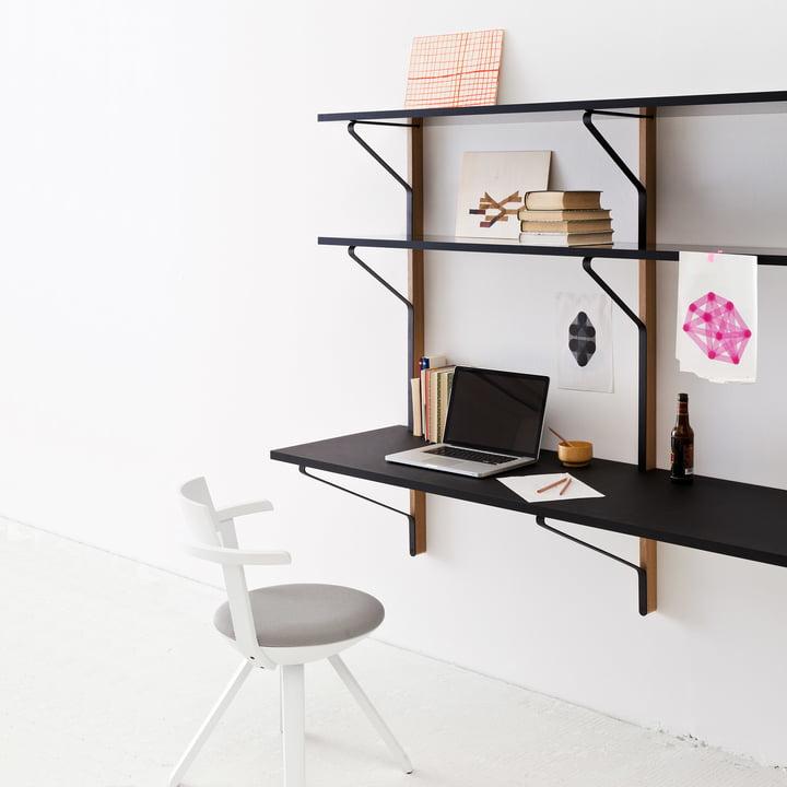 Kaari Wandregal mit Schreibtisch von Artek