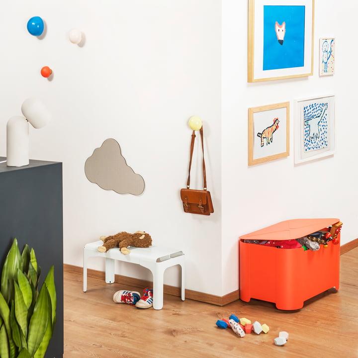 Kinderbank, Aufbewahrungsbox, Wandhaken von Tolix