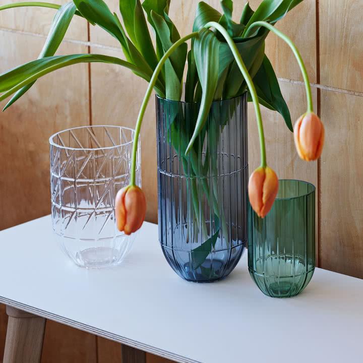 Die Hay - Colour Vase Glasvasen in M grün, L klar und XL blau