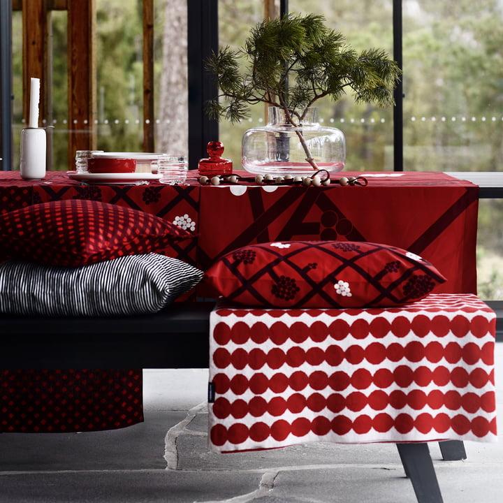 Räsymatto Decke und Spaljé Kissenbezug 40 x 60 cm von Marimekko
