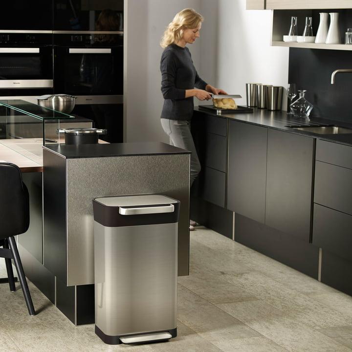 Eleganter Edelstahl Mülleimer für die Küche