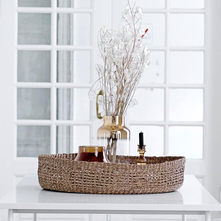 Die Bloomingville - Glas-Vase H 35 cm in gold mit Zweigen arrangiert