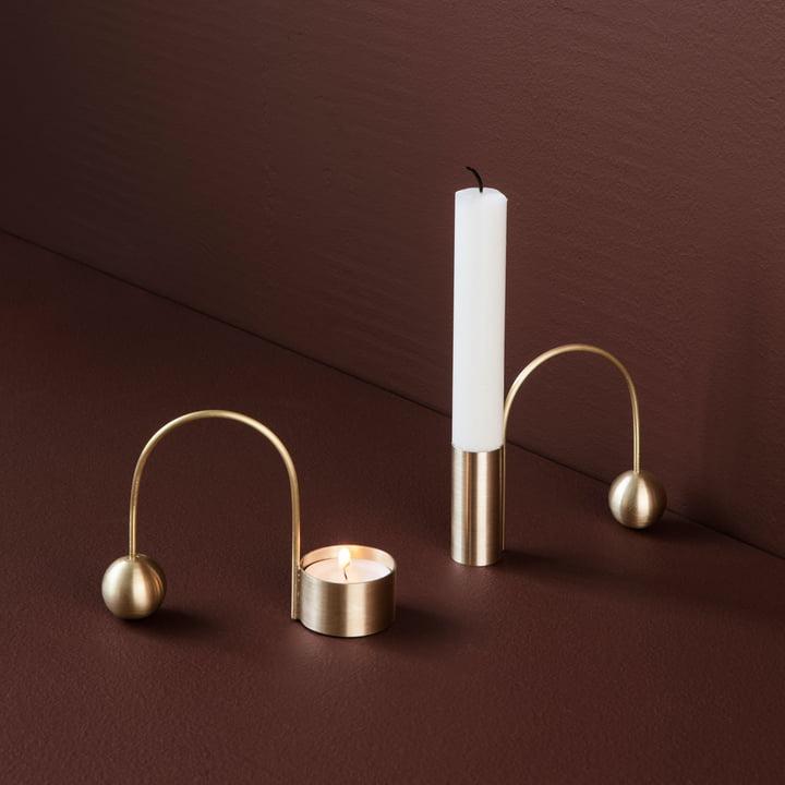 Teelichthalter und Kerzenhalter Balance von ferm Living in Messing
