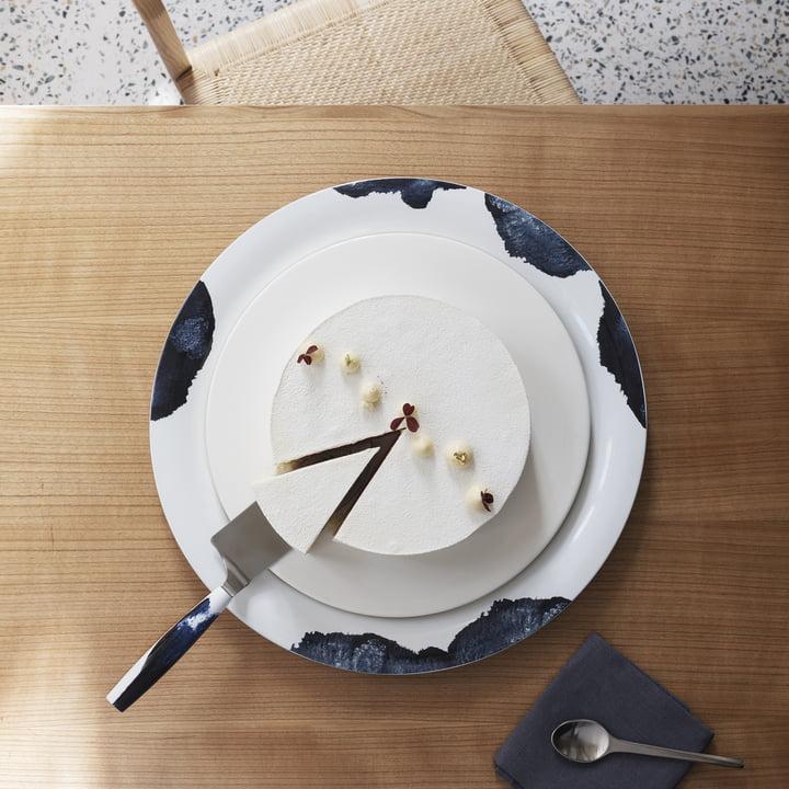 Stockholm Servierplatte und Tortenmesser von Stelton