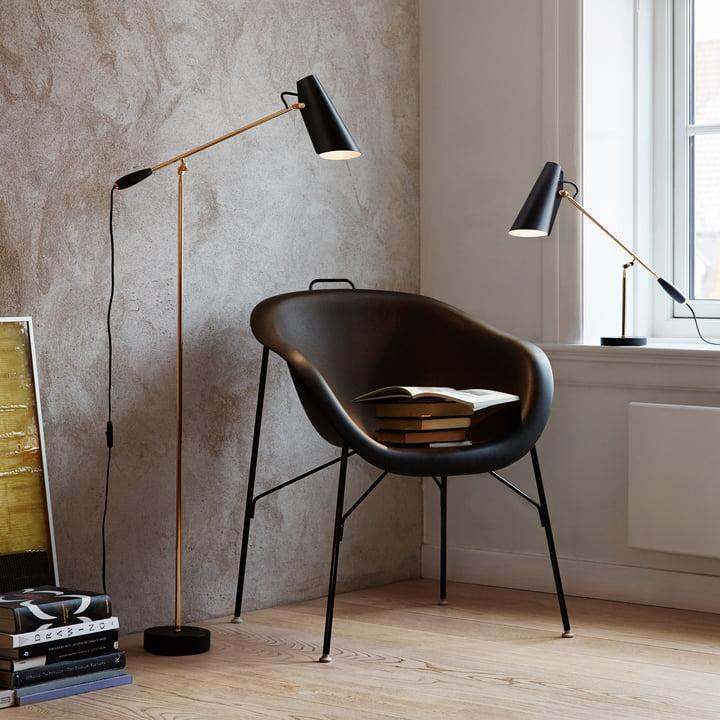Die Northern Lighting - Birdy Stehleuchte und die Tischleuchte (schwarz / messing) in Kombination