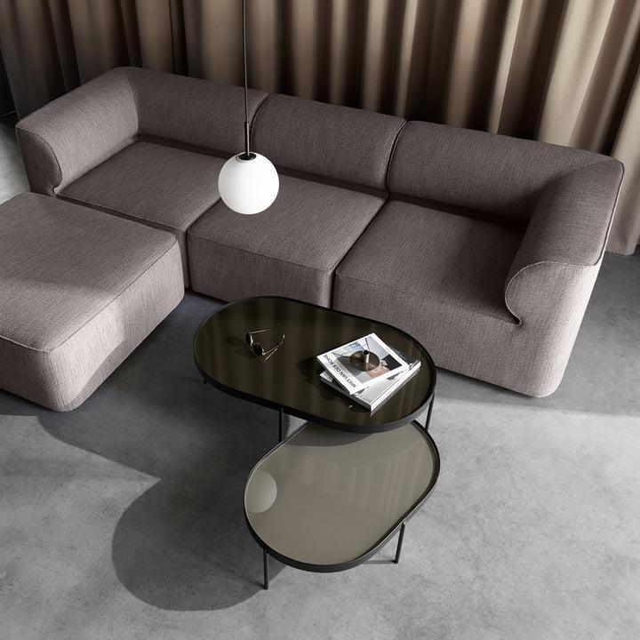 Der Menu - NoNo Couchtisch und das Eave Sofa als Sitzecke arrangiert