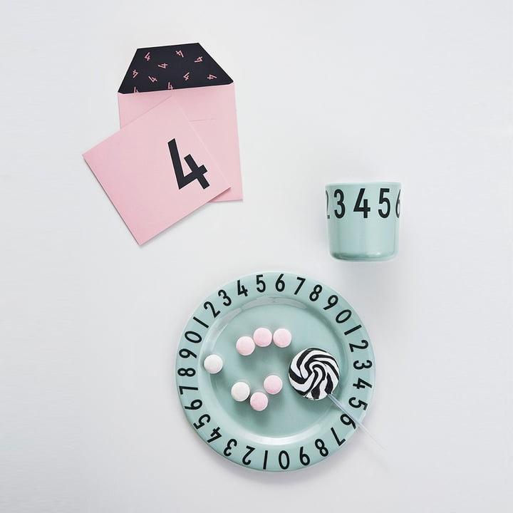 Melamingeschirr-Set The Numbers von Design Letters in Grün