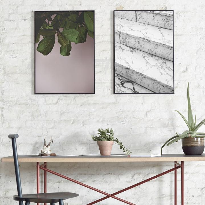 Paper Collective - Green Leaves und Marble Steps über dem Tisch platziert